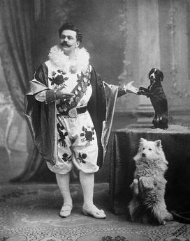 Театр зверей имени Дурова был открыт 8 января 1912 года Владимиром Леонидовичем Дуровым - цирковым артистом...