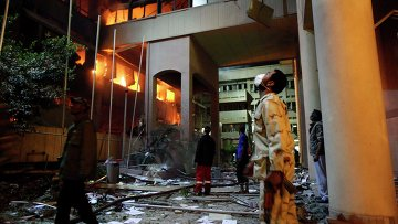 Министерство по борьбе с коррупцией загорелось в Триполи в результате авиаудара НАТО 17 мая