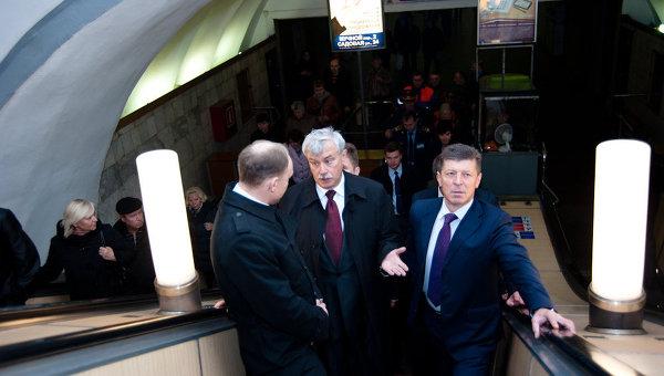 Дмитрий Козак в метро Петербург