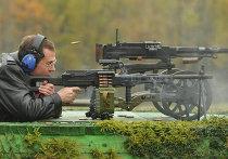 """Посещение Д.Медведевым подмосковного предприятия """"ЦНИИТОЧМАШ"""""""