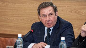 Чиновники опровергли слухи об отставке Городецкого